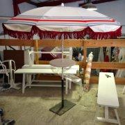 parasol frange rouge