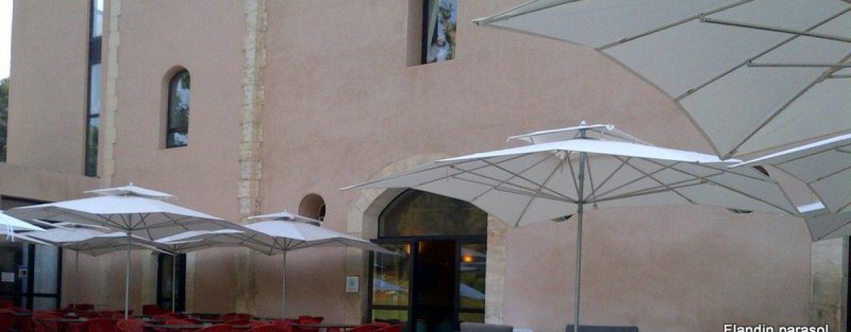 parasol double toit golf de la Salette Marseille