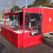 habillage remorque poulets tombants et tables