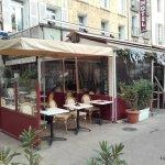 entourage terrasse Nino café